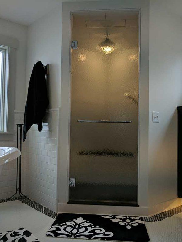 Pattern Glass Shower Door w/Towel Bar