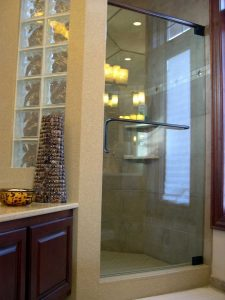 Frameless Door w/Header