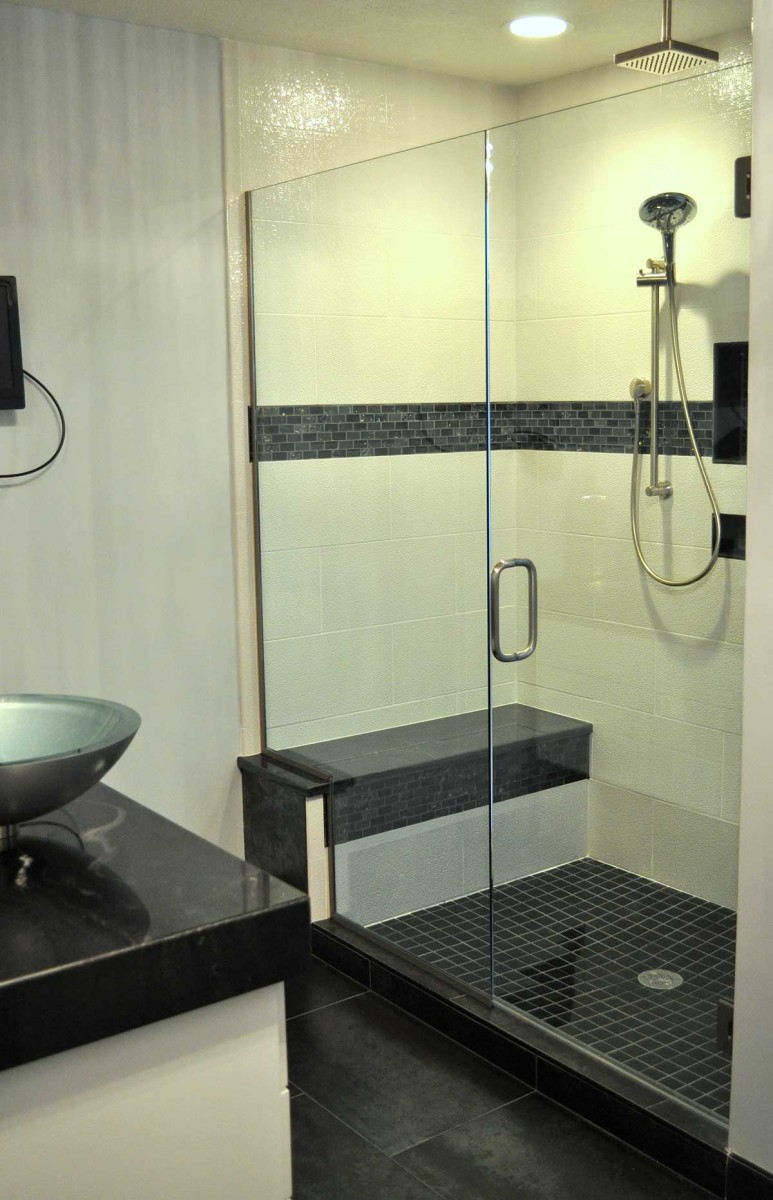 Alcove Shower American Glass Mirror